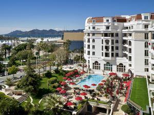 戛納雄偉巴里爾酒店(Hôtel Barrière le Majestic Cannes)