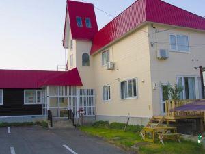 富良野 佩蒂特梅隆旅店(Petit Hotel Melon)