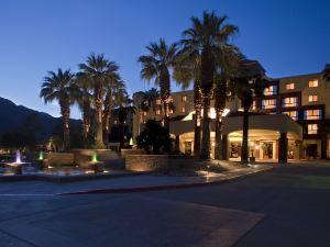 棕櫚泉萬麗酒店(Renaissance Palm Springs Hotel)