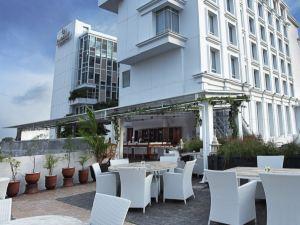 日惹加布路維馬里奧波羅精品酒店(Jambuluwuk Malioboro Boutique Hotel Yogyakarta)