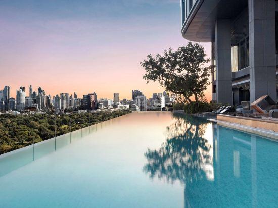 曼谷索菲特特色酒店(SO Sofitel Bangkok)室外游泳池