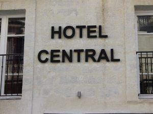 中央酒店(Hôtel Central)
