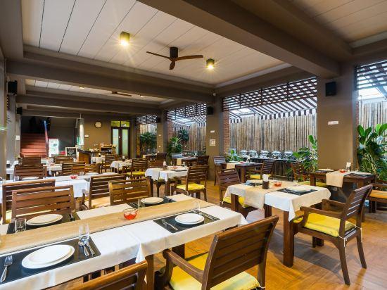 艾瑞斯華欣酒店(Ayrest Hua Hin Hotel)餐廳