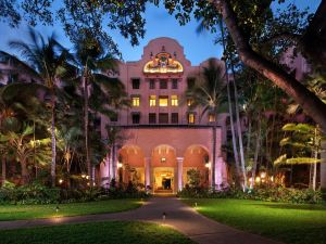 皇家夏威夷酒店至尊精選系列度假村(The Royal Hawaiian a Luxury Collection Resort Waikiki)