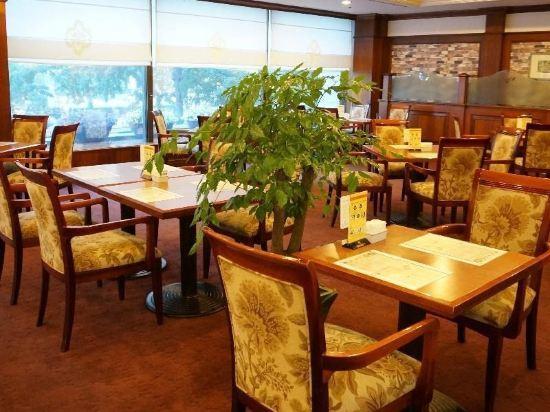 高利亞那酒店(Koreana Hotel)餐廳