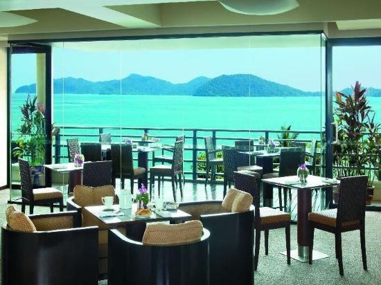哥打京那巴魯香格里拉丹絨亞路酒店(Shangri-La's Tanjung Aru Resort & Spa Kota Kinabalu)基納巴盧樓俱樂部山景房