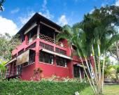巴厘島卡男紗麗別墅