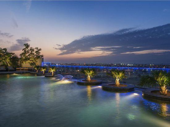 5 star hotels in Dubai - Book a hotel from AUD 64 | Trip com