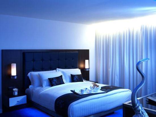 曼谷夢幻酒店(Dream Hotel Bangkok)白銀特大床房