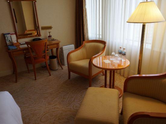 名古屋萬豪酒店(Nagoya Marriott Associa Hotel)豪華三人房