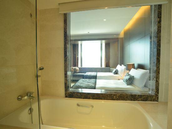 新加坡半島怡東酒店(Peninsula Excelsior Hotel Singapore)豪華房
