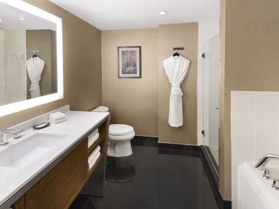 温哥華威斯汀大酒店(The Westin Grand, Vancouver)客房帶兩張大號床