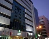 迪拜中心東怡酒店