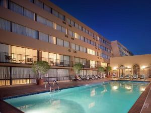 帕薩迪納喜來登酒店(Sheraton Pasadena Hotel)