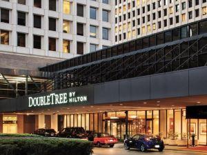 休斯頓市中心希爾頓逸林酒店(DoubleTree by Hilton Houston Downtown)