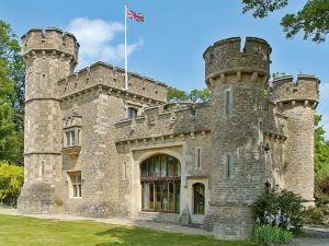 巴斯城堡酒店(Bath Lodge Castle)