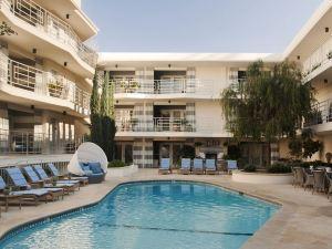 聖莫妮卡奧希阿納酒店(Oceana Beach Club Hotel)