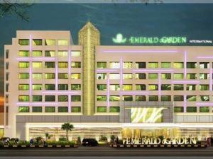 棉蘭埃默拉爾德花園國際酒店(Emerald Garden International Hotel Medan)