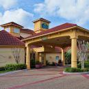 坦帕南佛羅里達大學拉昆塔套房酒店(布須遊樂園附近)