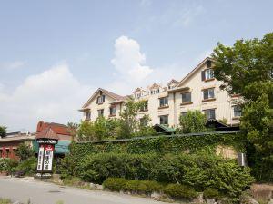 富士河口湖皇家酒店(Fuji Royal Hotel Kawaguchiko)