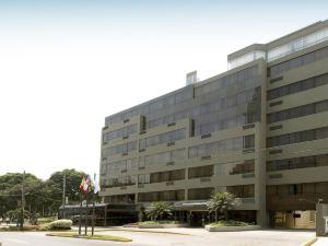 羅斯福套房酒店(Roosevelt Hotel & Suites)
