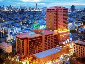 曼谷綠寶石酒店(The Emerald Hotel Bangkok)