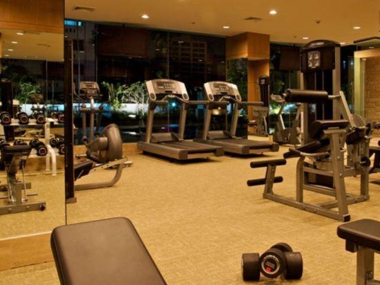 曼谷素坤逸11號美居酒店(Mercure Bangkok Sukhumvit 11)健身房