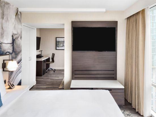 温哥華市中心萬豪德爾塔酒店(Delta Hotels by Marriott Vancouver Downtown Suites)豪華套房