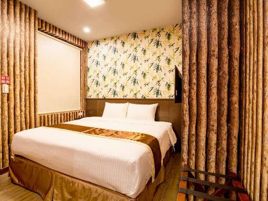 台中撲克商旅(A Ace Hotel)親子三人房