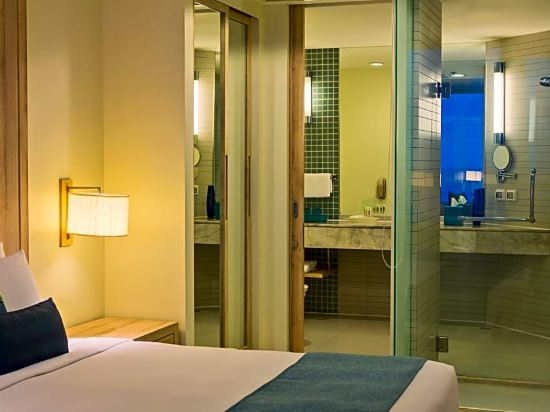 芭堤雅假日酒店(Holiday Inn Pattaya)高級房
