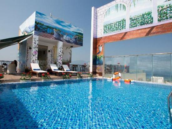 峴港國王手指酒店(King's Finger Hotel Da Nang)室外游泳池