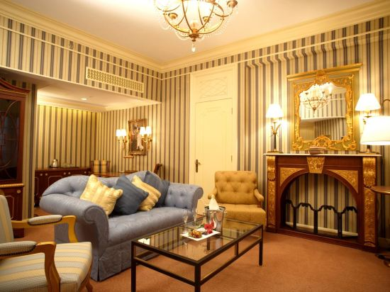 澳門萊斯酒店(Rocks Hotel)城景套房