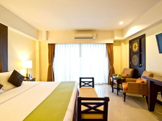 芭堤雅黃金海酒店(Golden Sea Pattaya)至尊豪華房