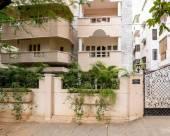 Shri Annapuneshwari Service Apartment