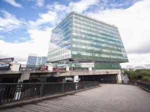 加帝夫比格斯里珀酒店(The Big Sleep Hotel Cardiff)