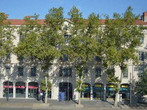里昂康福倫斯酒店(Quality Suites Lyon Confluence)