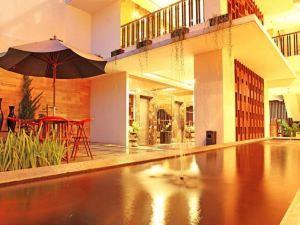 @日惹坎白金吉網恩吉昂酒店(@Hom Platinum Gowongan Yogyakarta)