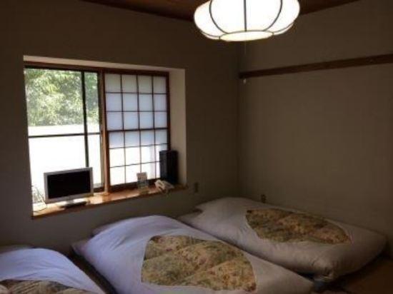 富士箱根旅館(Fuji-Hakone Guest House)日式四人房
