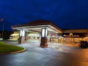 基洛納華美達會議中心酒店(Ramada Hotel and Conference Centre Kelowna)