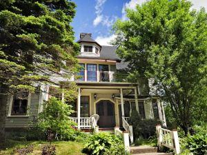 Elmwood Heritage Inn