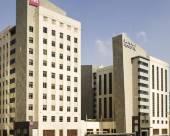 迪拜諾富特德伊勒市中心酒店