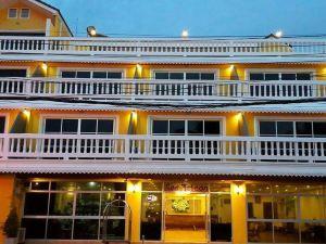 海上獵鷹酒店(Sea Falcon Hotel)