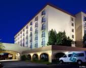 丹佛北部技術中心希爾頓尊盛酒店