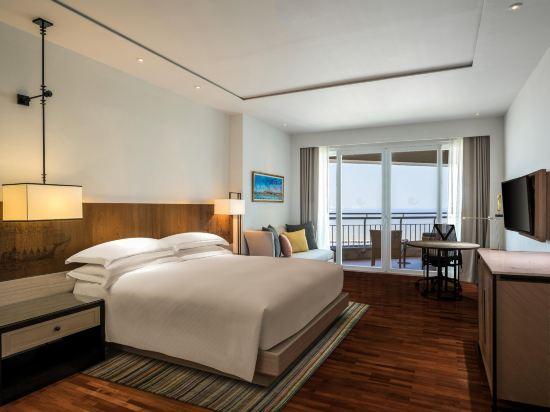華欣希爾頓温泉度假酒店(Hilton Hua Hin Resort & Spa)海景行政房