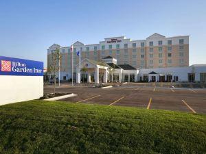 鹽湖城機場希爾頓花園酒店