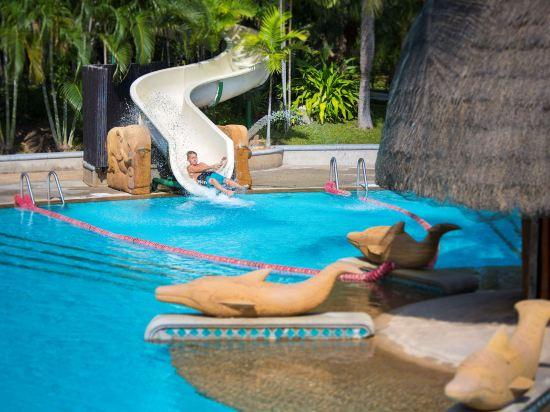 華欣希爾頓温泉度假酒店(Hilton Hua Hin Resort & Spa)室外游泳池