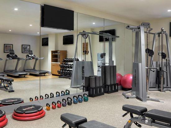 紐約時代廣場西希爾頓逸林酒店(Doubletree by Hilton New York Times Square West)健身房