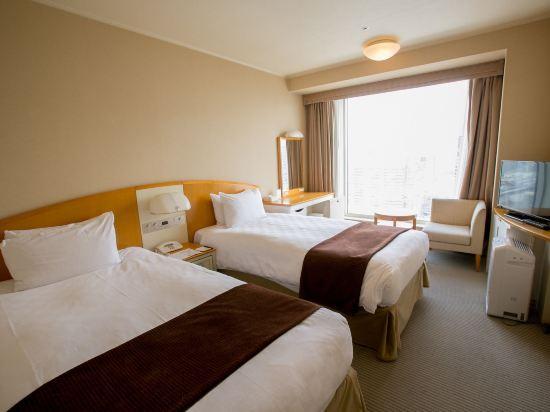 品川王子大飯店(Shinagawa Prince Hotel)主樓高層雙床房
