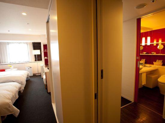 大阪十字酒店(Cross Hotel Osaka)舒適樓層連通房