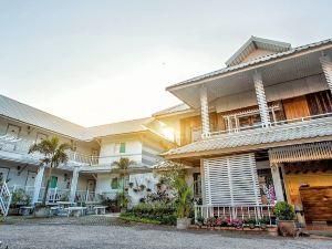 林拉達房屋酒店